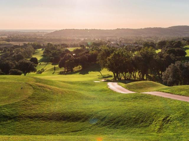 golf-de-roquebrune-resort-delli-resort-02-2.jpg